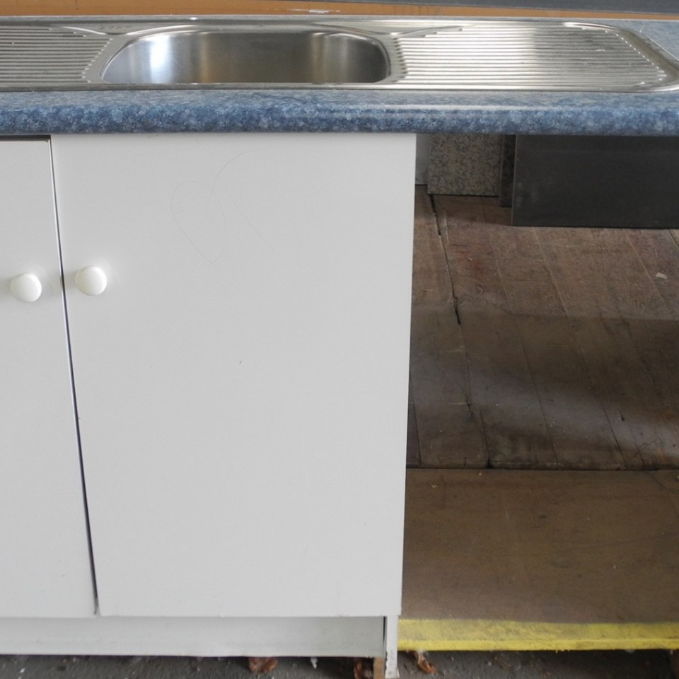 Blue Kitchenette Unit